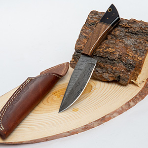 Tulsa Uninque Gifts 8 In Damascus Walnut Buffalo Horn Skinner